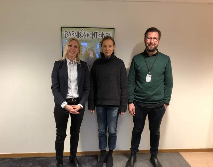 Bild: Pernilla Bergqvist (L), Madeleine Hallberg och Johan Westervall.